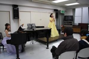 クレッシェンテの二人が華麗な演奏を披露してくれました